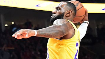 'Deep' issues for Lakers after LeBron's debut