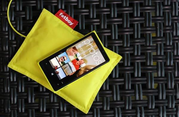 Nokia announces wireless charging pads, Fatboy Recharging Pillow for Lumia phones