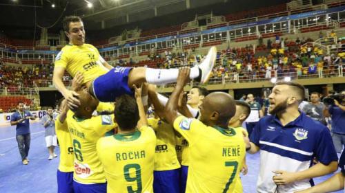 Falcão revela noite sem dormir e já planeja lance 'especial' em São Paulo