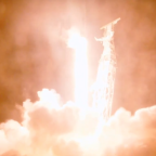 SpaceX Launches First Broadband Internet Satellites