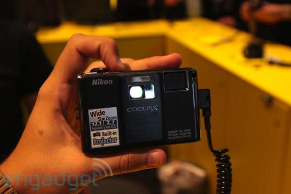 Nikon Coolpix S1000pj hands-on at IFA