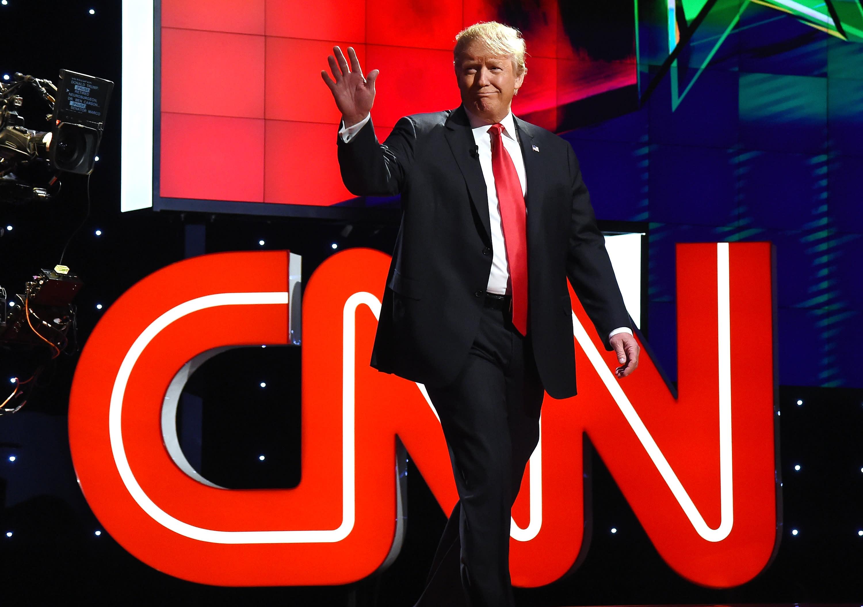 'Good Riddance:' Anti-Fascists Rejoice as Nazi Salute Gets Jeffrey Lord Cut From CNN