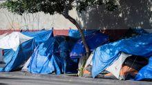 Crise de indigência está 'destruindo' cidades da Califórnia, alerta Trump