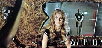 Jane Fonda got drunk to film 'Barbarella' scene