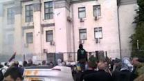 Protesters Deface Russian Embassy in Kiev