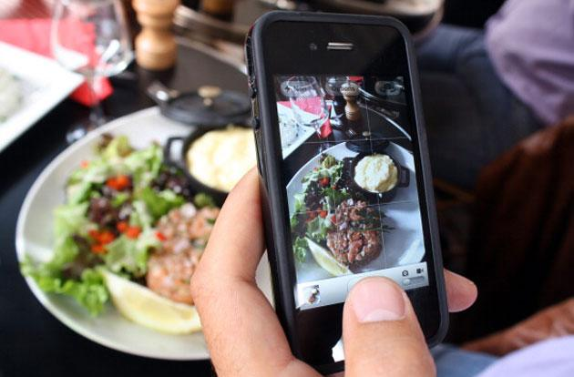 Google hopes to count the calories in your food photos