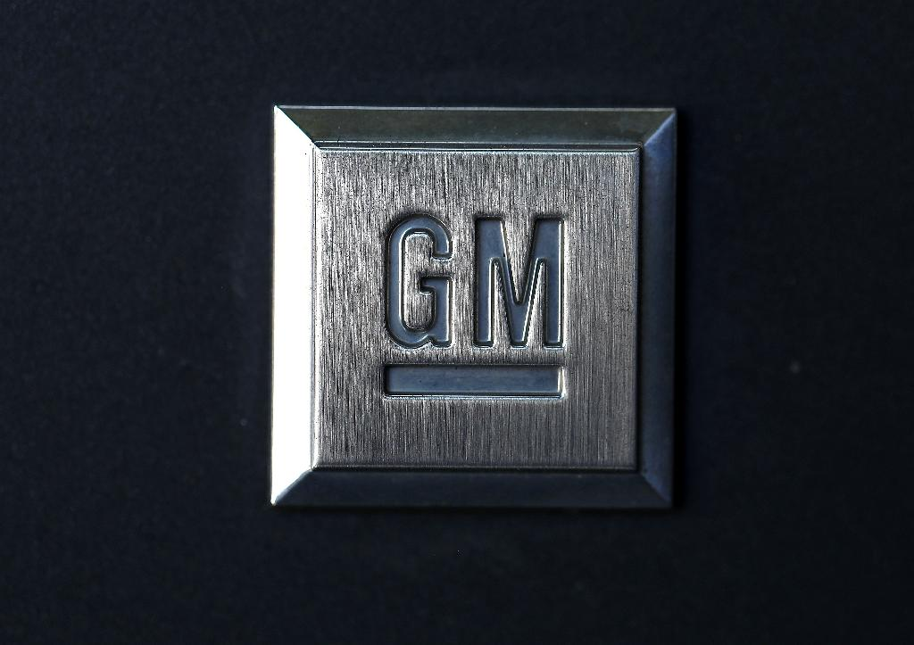 GM to lay off about 4,000 salaried workers: source
