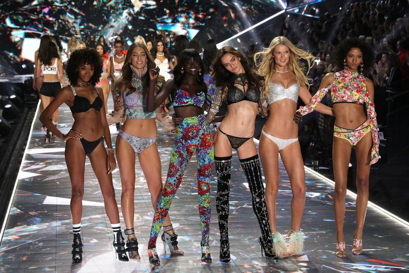Models appear together on he runway at the conclusion of the 2018 Victoria s  Secret Fashion Show 1bff1a0c0