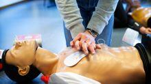 Erste Hilfe: Wie ihr die lebensrettenden Maßnahmen auffrischt