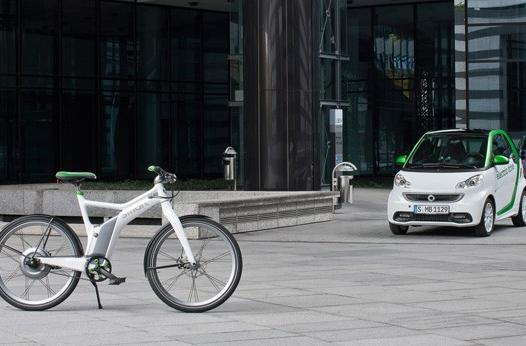 Third generation Smart Fortwo ditches Tesla powertrain, gains two wheeled cousin