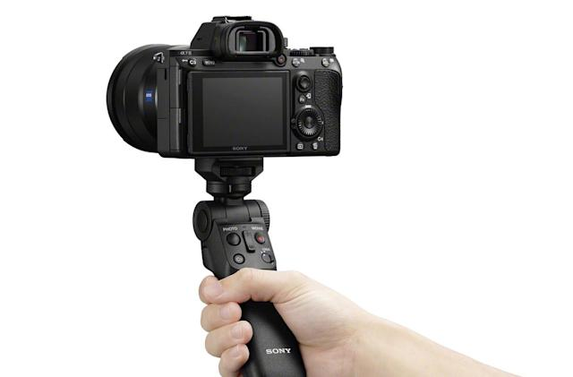 Sony made a wireless camera grip for vloggers