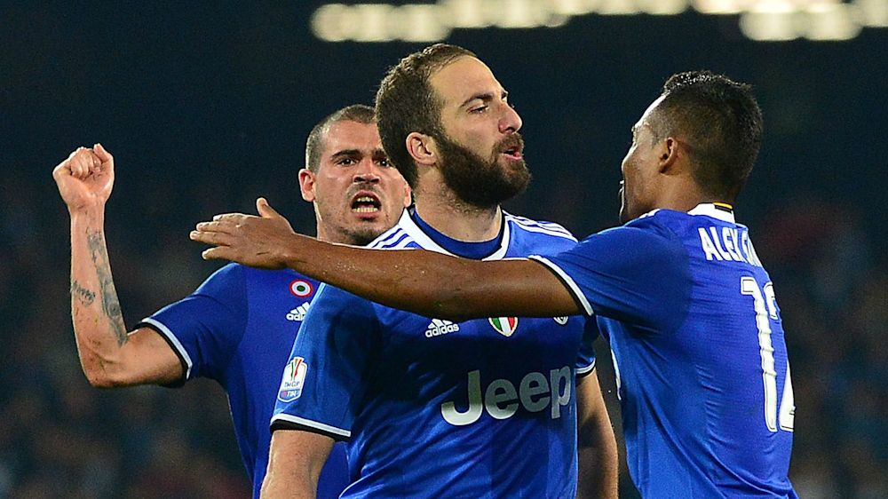 Napoli return was special - Higuain
