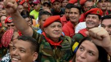 Top Venezuela official calls for early legislative elections