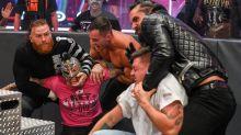 Rätselhafte Degradierung von Rollins' WWE-Jünger