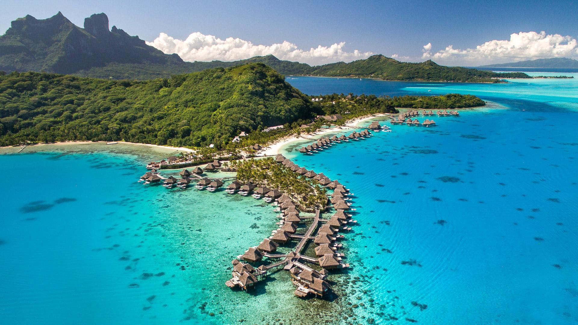 15 Luxurious Vacation Spots Beloved by the Rich and Famous