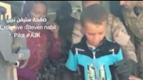Raw: Iraqi Forces Airlift Yazidis From Mountain