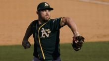 Sources: White Sox to sign top free agent closer Liam Hendriks
