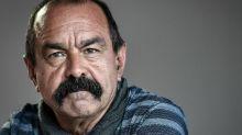 """Retraites : le gouvernement """"fait tout pour que les grèves durent"""", juge Martinez"""