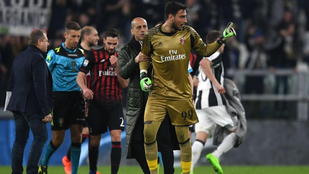 Jogadores do Milan ficam revoltados e quebram vestiário da Juventus