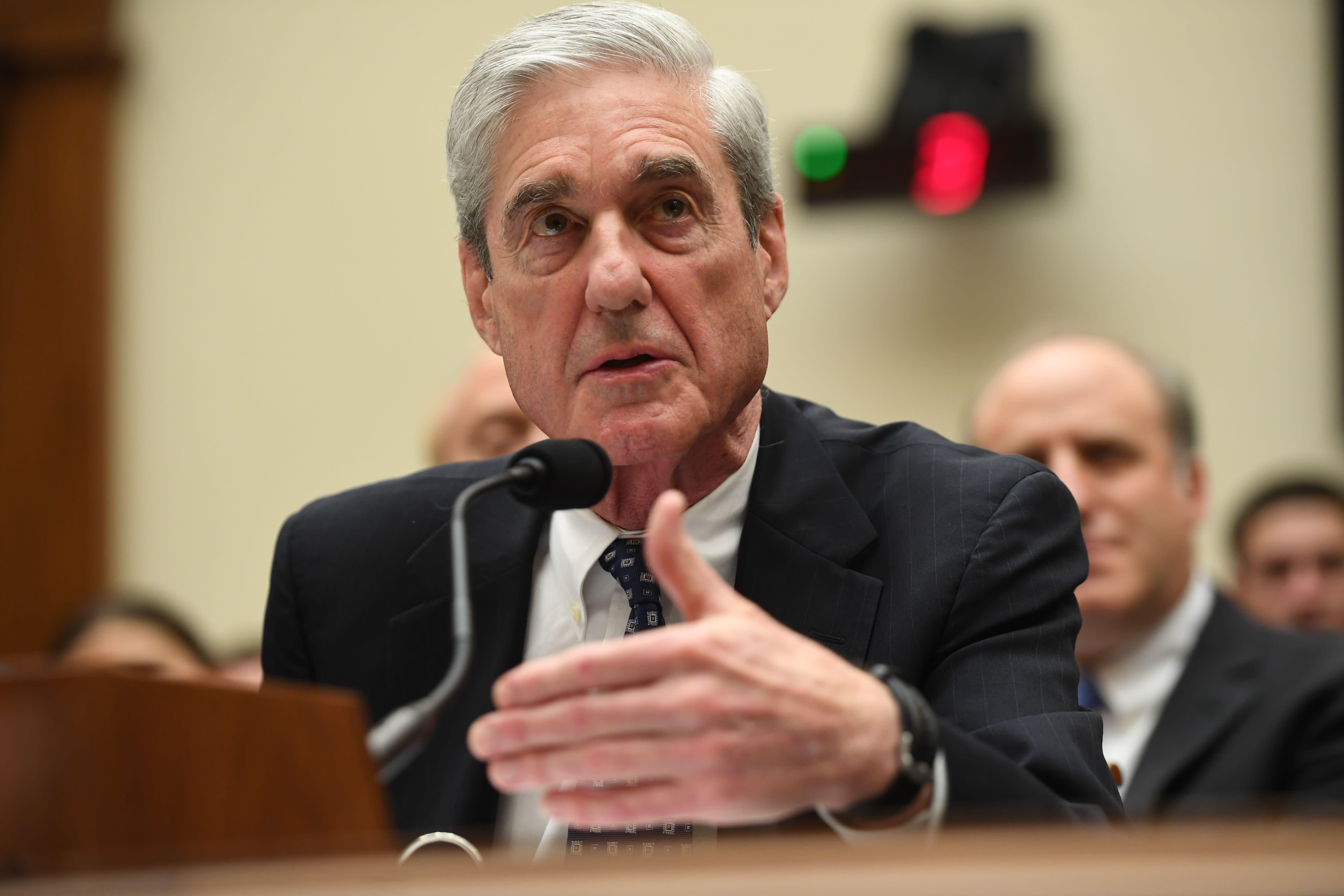 Celebrities react to Robert Mueller's testimony: 'POTUS is a criminal'