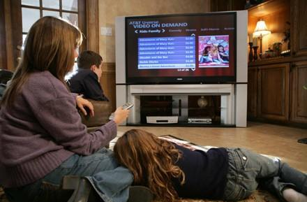 Poll: How long have you been subscribed to pay-HDTV service?