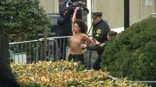 Mujer topless protestando a Bill Cosby fue arrestada