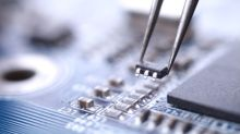 How STMicroelectronics NV Shares Fell 17% Last Month