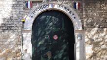 """""""Ici il y avait un portique, où on passait pour la fouille"""": visite de la maison d'arrêt de Compiègne avec un ancien détenu, avant la vente du bâtiment par l'État"""