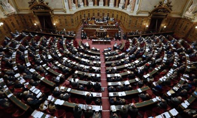 Projet de loi sanitaire: la commission mixte paritaire parvient à un accord