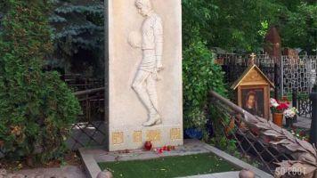 Épisode 11 : Le cimetière de Lev Yachine est plus beau que le vôtre