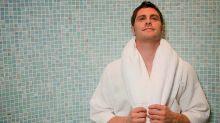 Hombres podrían reducir su riesgo de padecer Alzheimer tan solo asistiendo al sauna