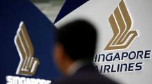 Singapore Airlines to finalize $13.8 billion Boeing order next week