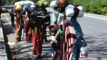 Inde: la longue marche des travailleurs migrants piégés par le confinement