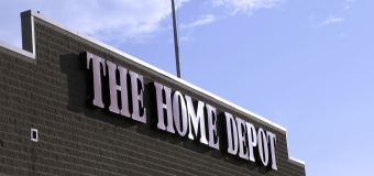 Why Home Depot keeps leaving Lowe's in its dust