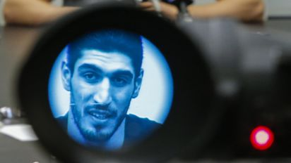 Enes Kanter, after Turkish gov't issues arrest warrant: 'You can't catch me'