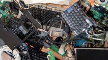 E-basura: un proyecto argentino que transforma residuos electrónicos en nuevas computadoras