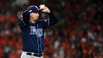 Rays pitcher reacts to teammate's trade