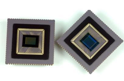 "Samsung's ""world's smallest"" 8.4 megapixel CMOS sensor: so long CCD?"