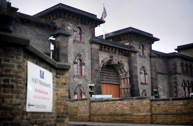 Fraudster's phoney email tricked prison into releasing him