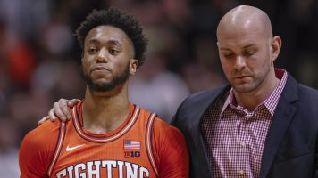 Illinois guard suspended for stomping on opponent