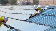 How First Solar, Inc. (NASDAQ:FSLR) Can Impact Your Portfolio Volatility
