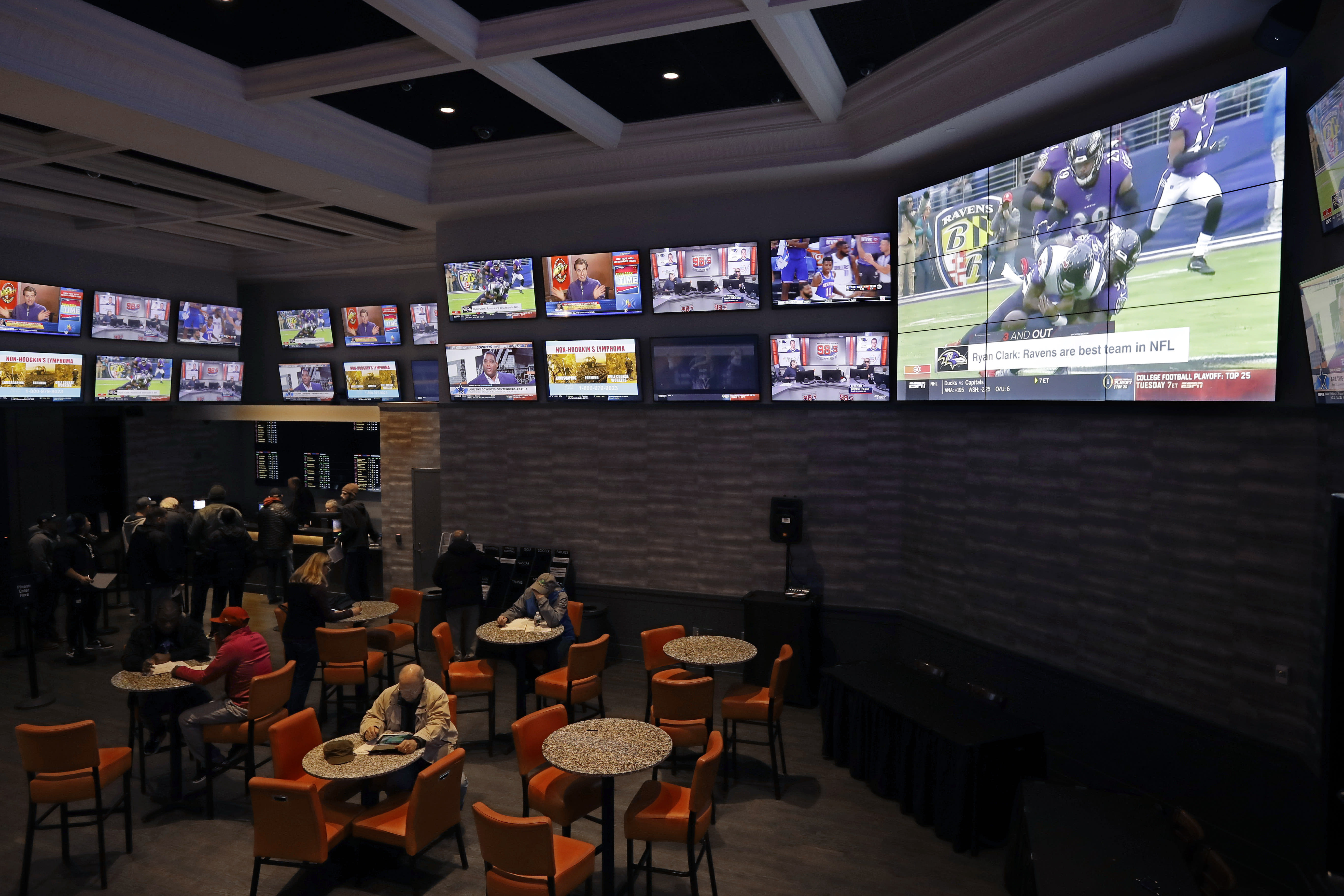 Sports betting now legal in MI