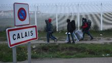 Calais migrant camp shows signs of hasty departures