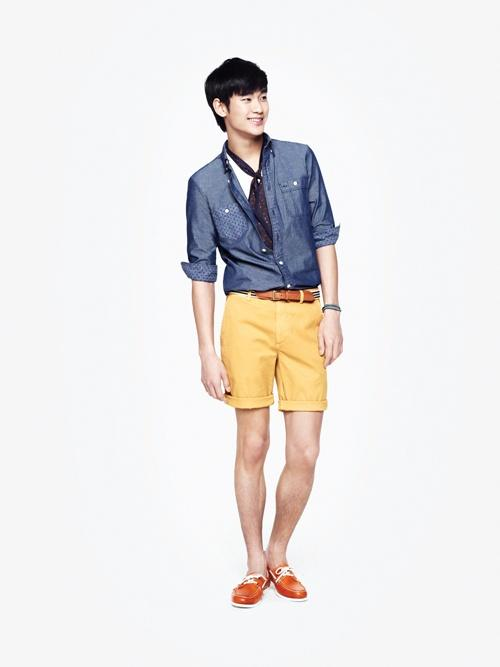 615982d6d585  by Cho Suyoun  Rising star Kim Soo hyun shot fashion pictorials with male  fashion brand ZIOZIA and suggested cheerful summer fashion.