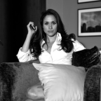 'Suits' star shares behind-the-scenes photos of Meghan Markle