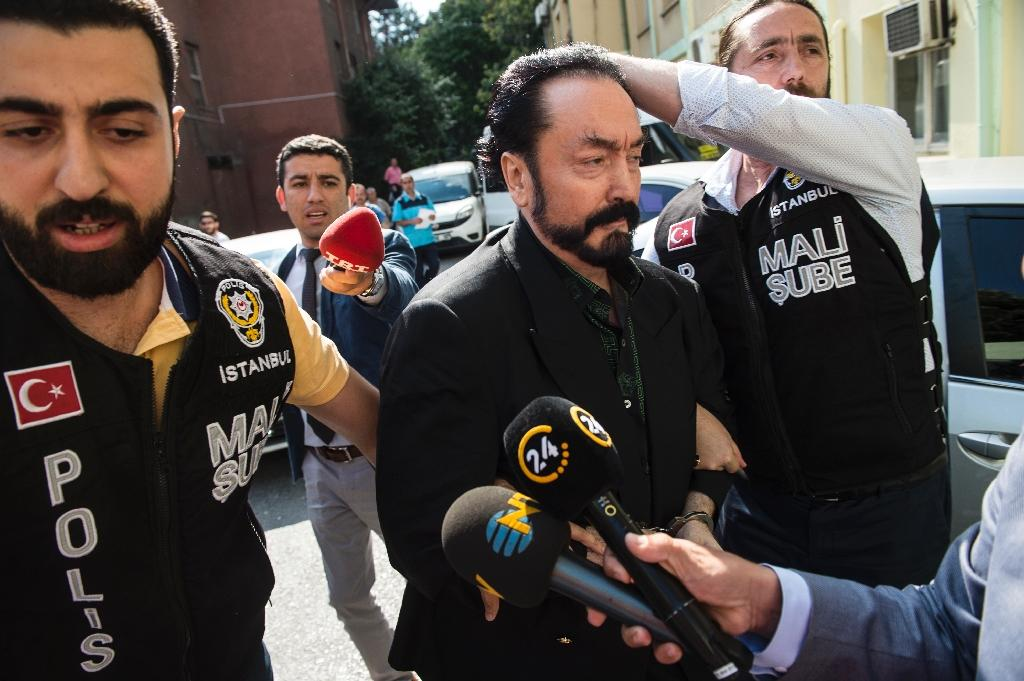 Turkey detains Muslim televangelist on fraud charges