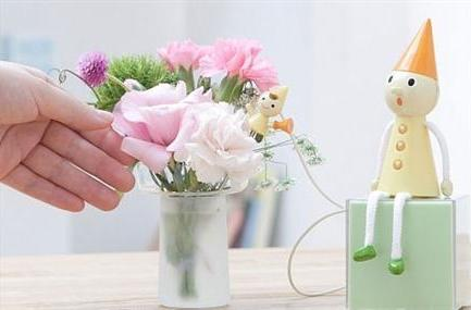 Talkative Communication Flower adds character to your plants