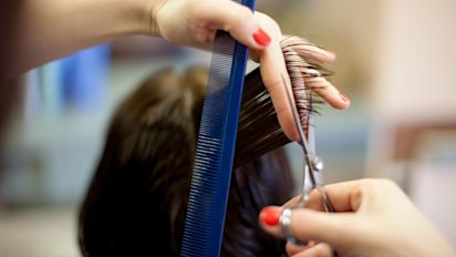 Hairstylists potentially exposed hundreds to virus