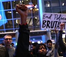 Protests Over Police Shooting of Stephon Clark Block Thousands From Entering Sacramento Kings Game