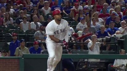 Umpires blow easy call on Andrus 'homer'